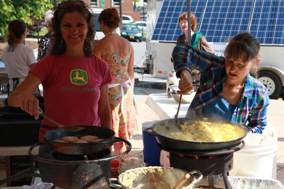 Market Breakfast Volunteers