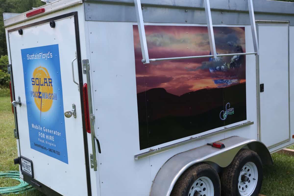 SustainFloyd Solar Voltz Wagon
